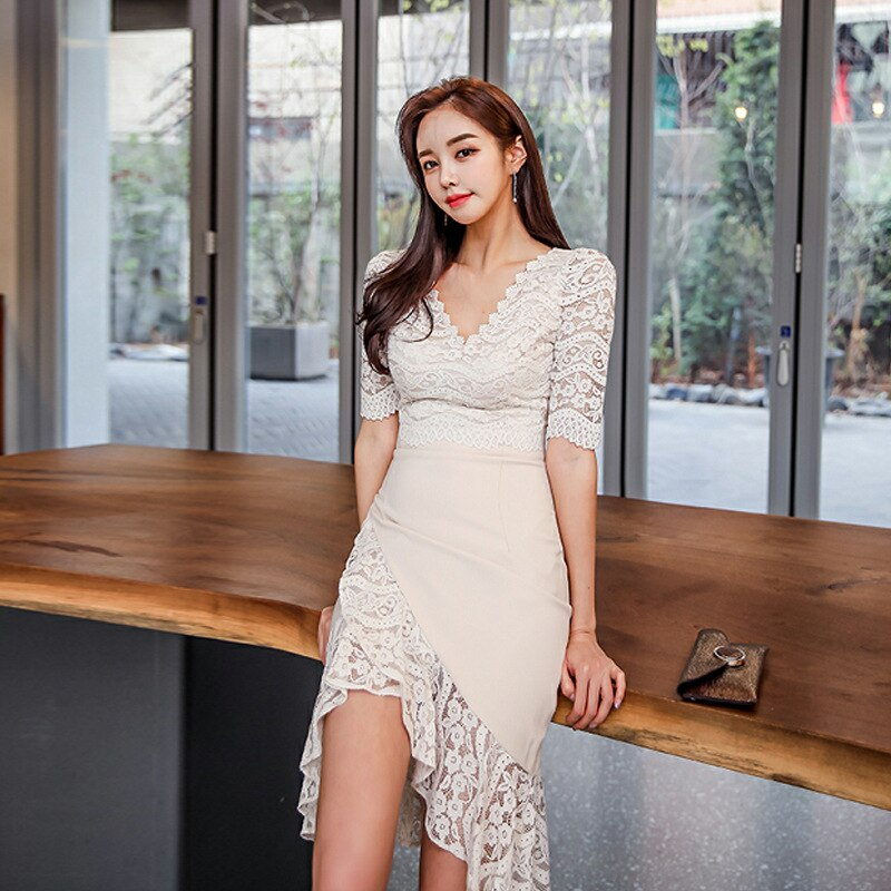 Large Size Lace Patchwork Summer Dress 19 Women Empire Trumpet Korean Wrap Dress Half Sleeve Ruffles Casual Dress Plus Size 3