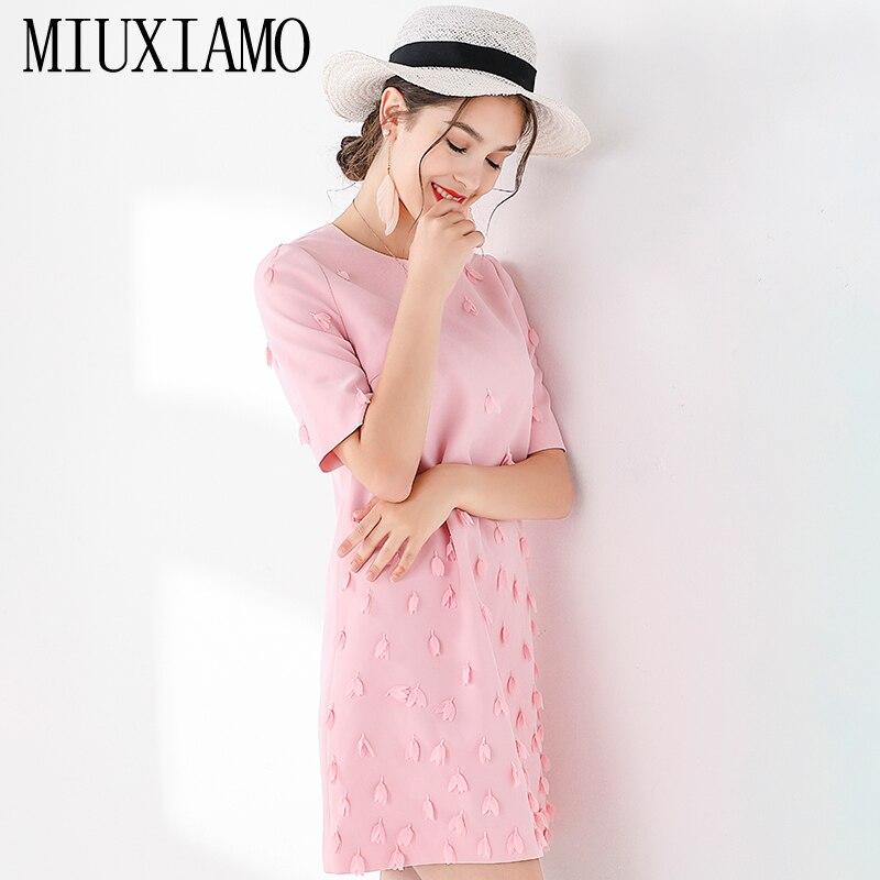 MIUXIMAO TOP QUALITY 19 New Fashion Runway Fall Dress Women's Retro Half Sleeve Appliques Flower Pink Vintage Dress Vestidos 3