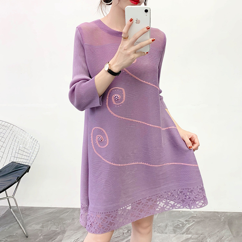 Women Pleated Oversized Dress Spring New Fashion Ethnic Style Plate Flower Loose Half Sleeve Dress 1