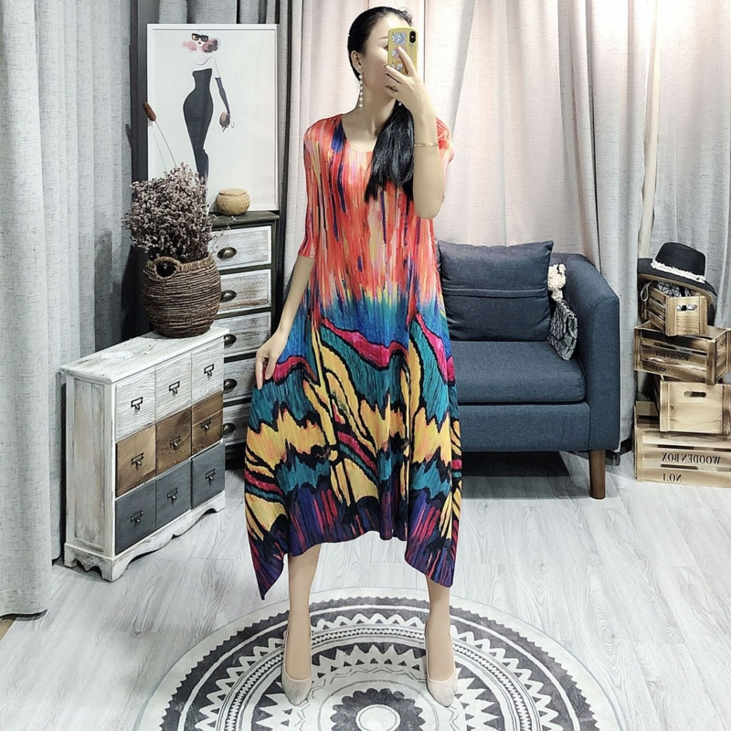 LANMREM  Spring Summer New Pleated Dress For Women Fashion Painting Fold Famale's Half Sleeve Dress Loose Temperament YH686 1