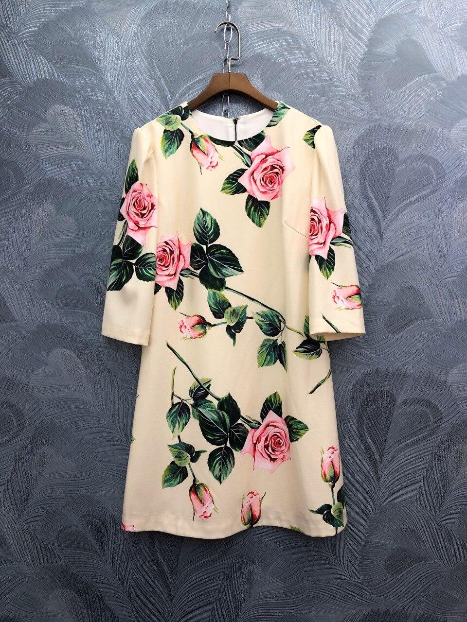 Spring summer runways floral print half sleeve sweet dress Fashion women's elegant dress B229 1