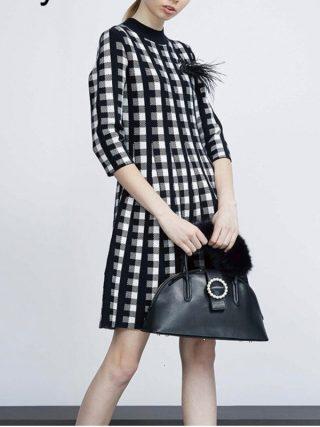 Vintage Wool Blend Plaid Sweater Dress Autumn Winter Retro Houndstooth Appliques Half Sleeve Pleated Knitting Dress B074
