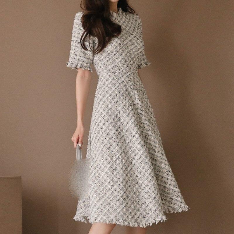 New Casual Fragrant Tweed Dress Elegant Half Sleeve High Waist Plaid Dress Empire Slim Fit A Line Tassel Knee Length Dress 2