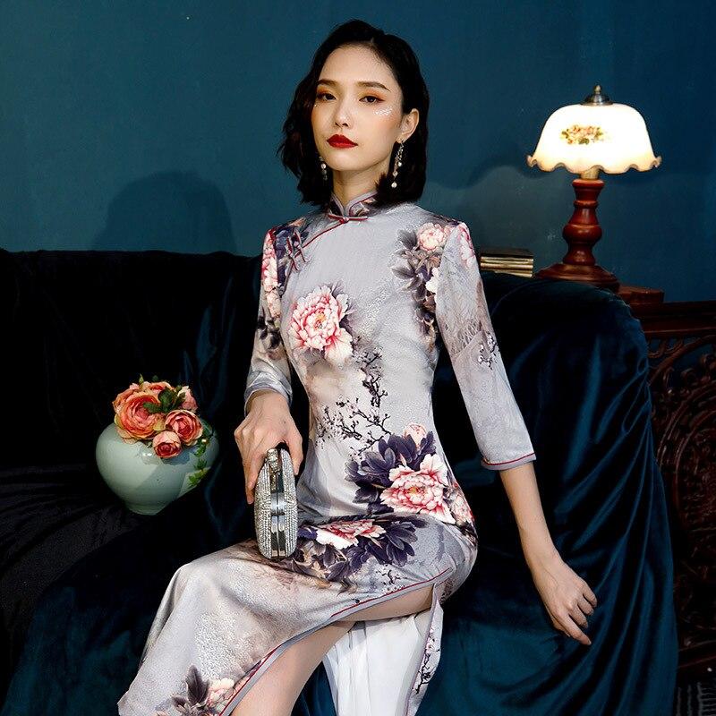 New Arrival Plus Size 4XL Autumn Winter Vintage Half Sleeve Cheongsam Sexy Women Formal Long Dress Print Flower Rayon Qipao 2