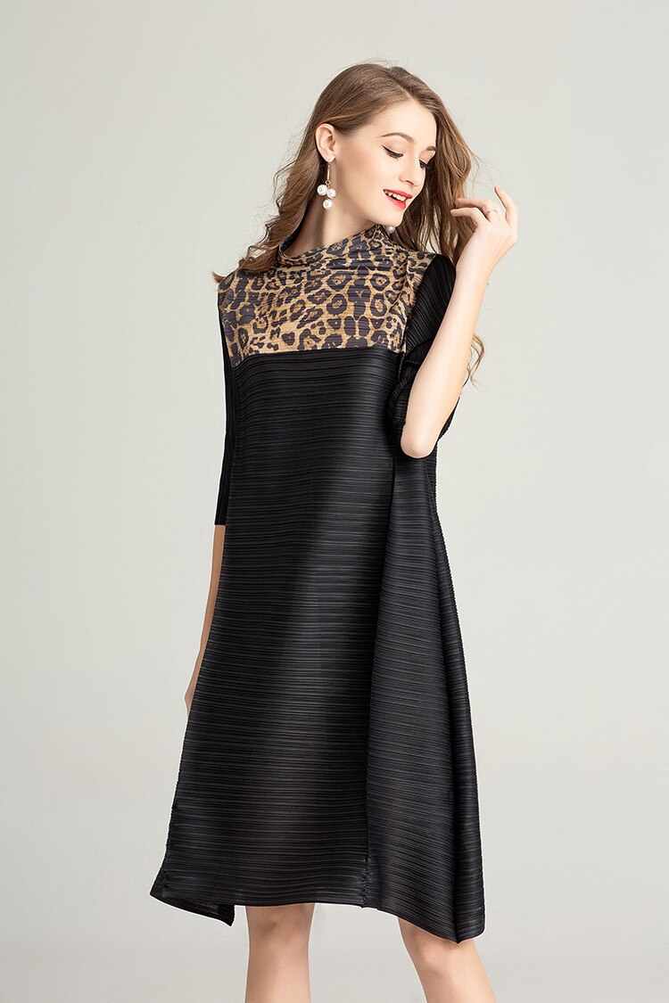 FREE SHIPPING Miyake Fashion fold half sleeve patchwork Leopard stand neck dress IN STOCK