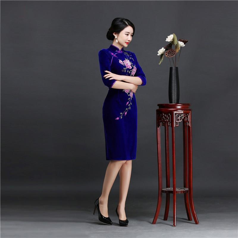 Brand New Designer Women's Velour Qipao Plus Size 4XL Handmade Sequined Beads Chinese Dress Half Sleeve Short Cheongsam Dress 3