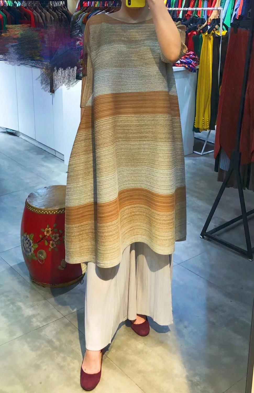 FREE SHIPPING Miyake pressure plait gradients show thin stripe dress irregular fold dress with half sleeves dress IN STOCK 3
