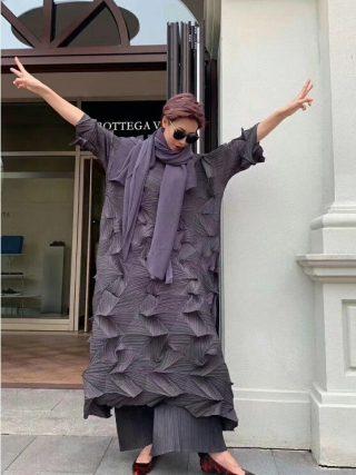 HOT SELLING Miyake fashion fold Diamond pleats dress half sleeve solid color stand collar loose long bud dress IN STOCK