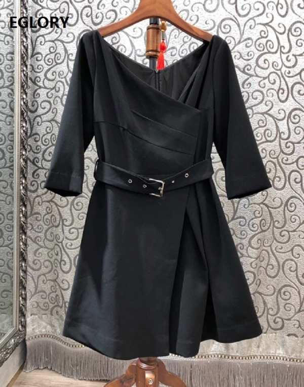 19 Autumn Winter Fashion Black Dress High Quality Ladies V-Neck Buckle Belt Half Sleeve Casual Party Sexy Short Dress Girl