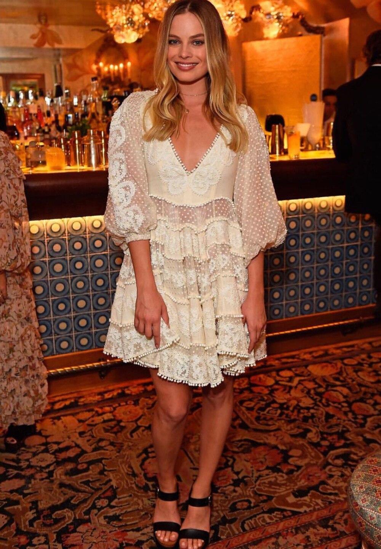 Runway Designer Deep V-Neck Hollow Out Summer Short Dress Women Half sleeve White Dress 18 Beach casual Chic Mini Dress 3