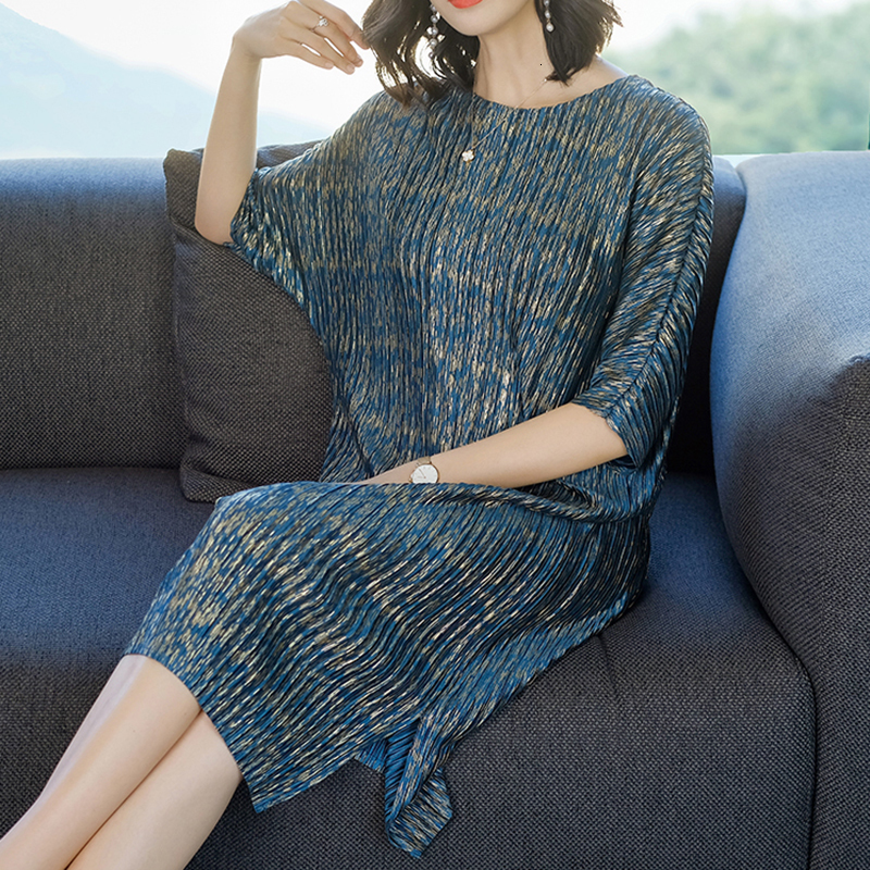 TVVOVVIN 19Summer Fahion New Pleated Clothes For Women Loose Large Size Bawting Sleeve Dresses Half Sleeve Vent Hem Dress B612 2