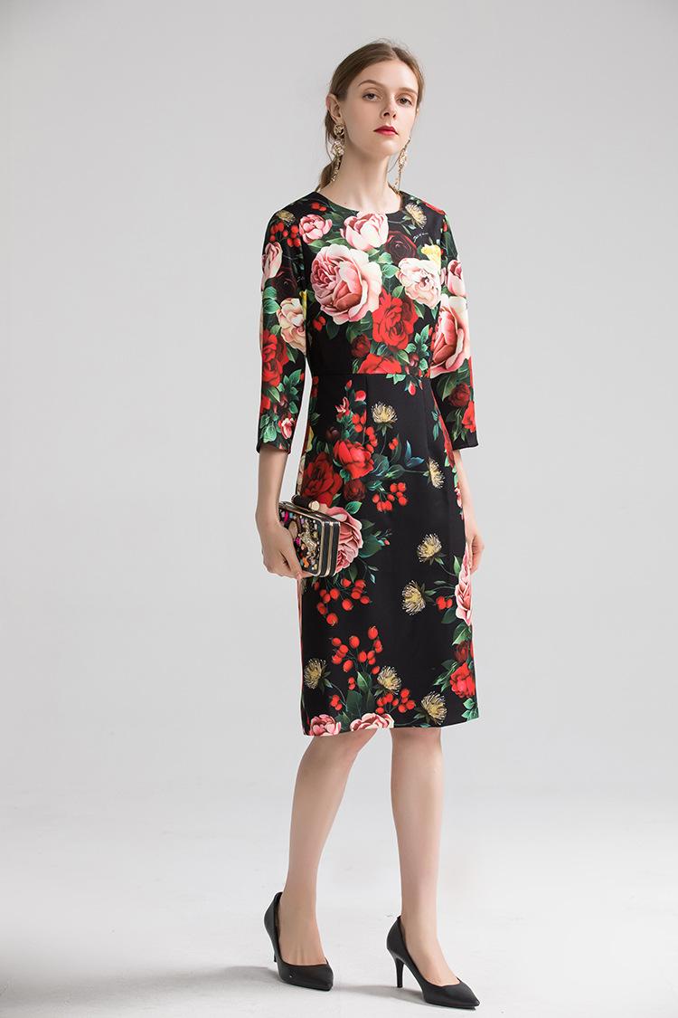 Europe&America women high quality floral print dress 19 autumn fashion half sleeves elegant dress B013 1