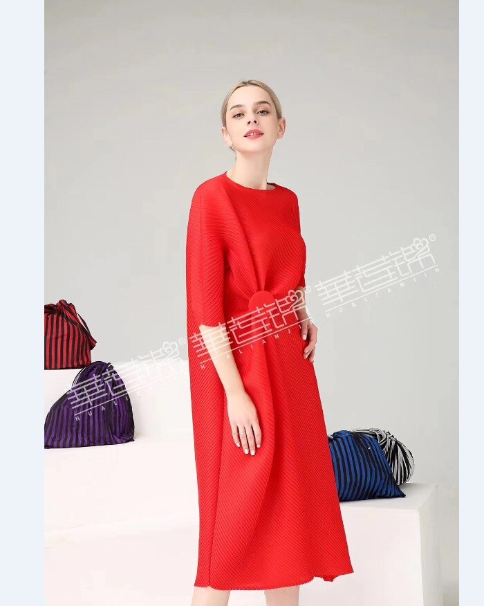 FREE SHIPPING Miyake Fashion wrist half sleeve Patch sequined O-neck fold dress button straight dress IN STOCK 3