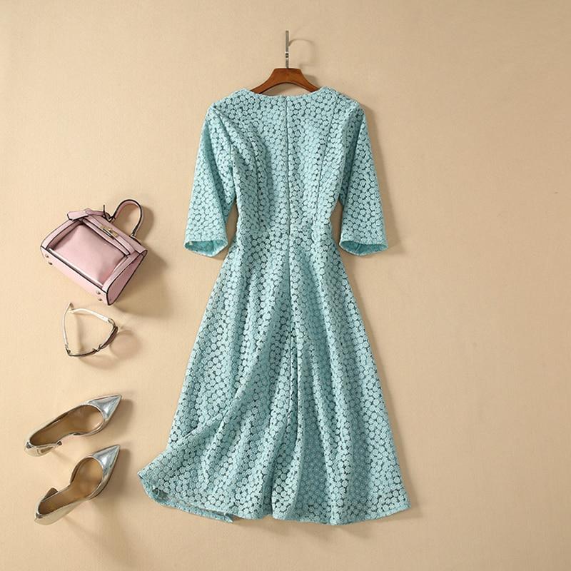HIGH QUALITY Newest Fashion 19 Designer Runway Dress Women's Half Sleeve Embroidery Dress 2
