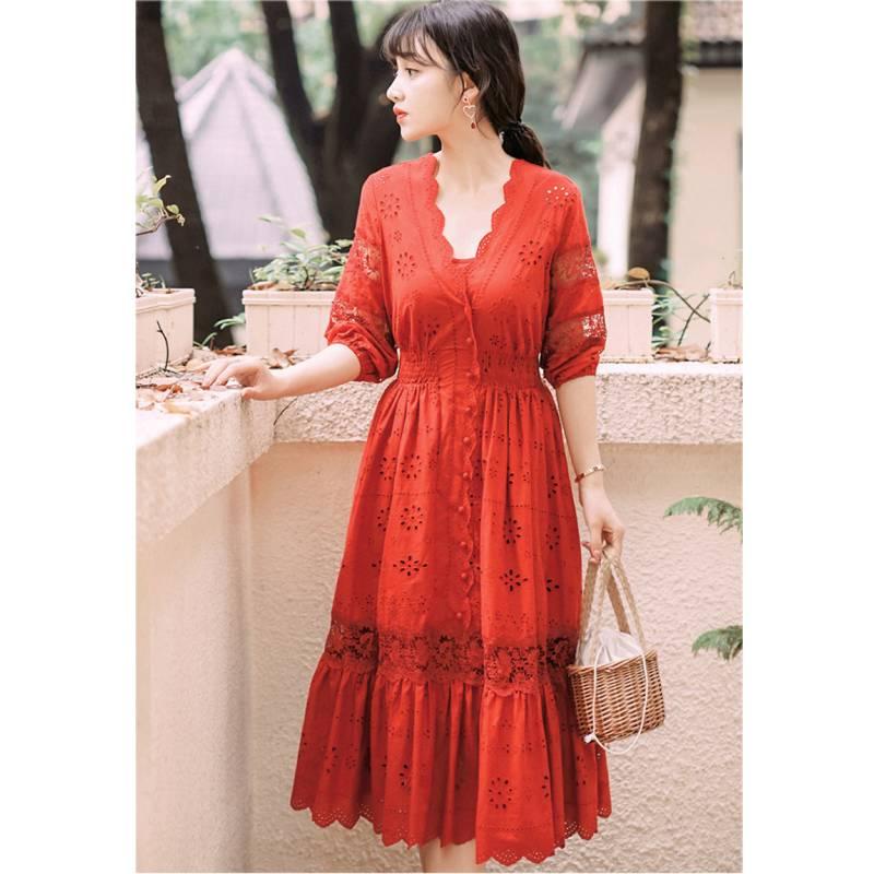 19 summer Women's Bohemian half Sleeve Mesh Stitching Dress Sexy Deep V-neck High Waist Openwork Embroider Dress 1