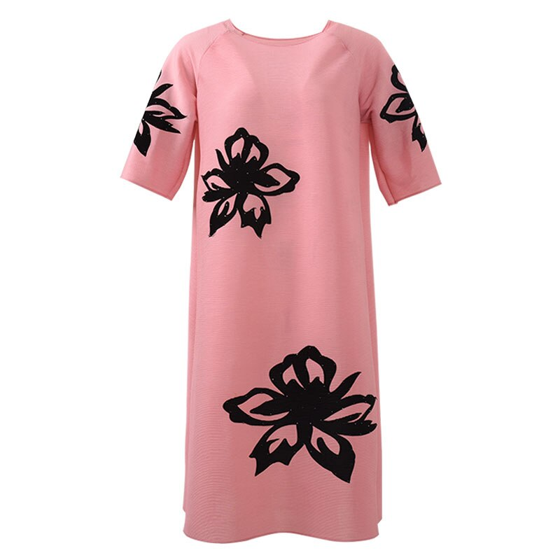 HOT SELLING Miyake fasion fold print half sleeve fashion o-neck straight dress IN STOCK 2
