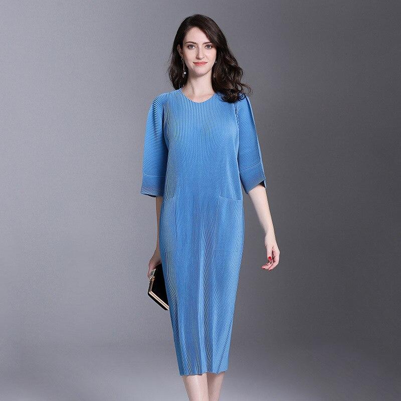 Autumn And Winter Pleats Loose O-neck Half Sleeve Double Pockets Elastic Dress Female's Personality Cloth Vestido YE851 LANMREM