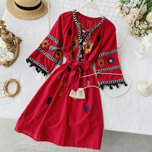 19 new fashion women's dresses Seaside holiday ethnic style embroidered fringed tie V-neck half sleeve dress