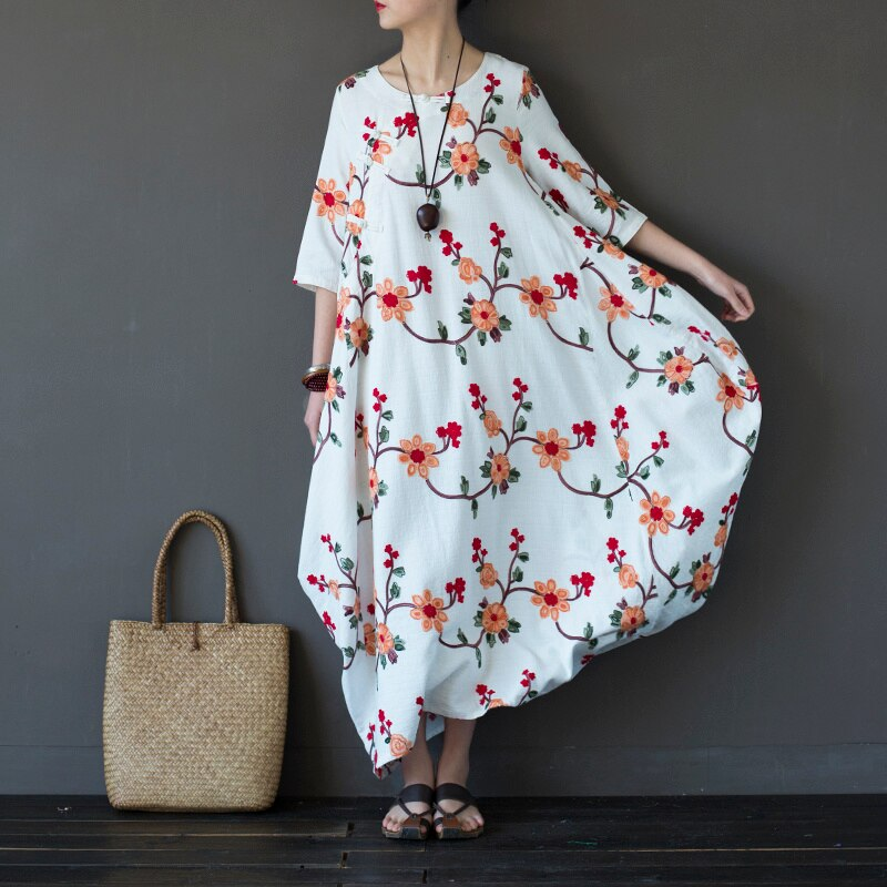 Women Embroidery Floral Dress Chinese Style Autumn New Half Sleeve Women Vintage Loose Cotton Long Dress 2