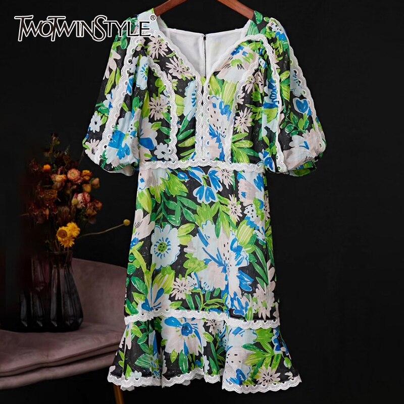 TWOTWINSTYLE Patchwork Lace Print Dresses For Female V Neck Lantern Half Sleeve High Waist Ruffle Dress Women Fashion  Tide