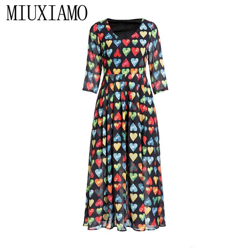 MIUXIMAO 19 Spring&Summer Long Dress New Arrival Fashion V-Neck Full Half Sleeve Heart Print Ankle-Length Dress Women vestido 2