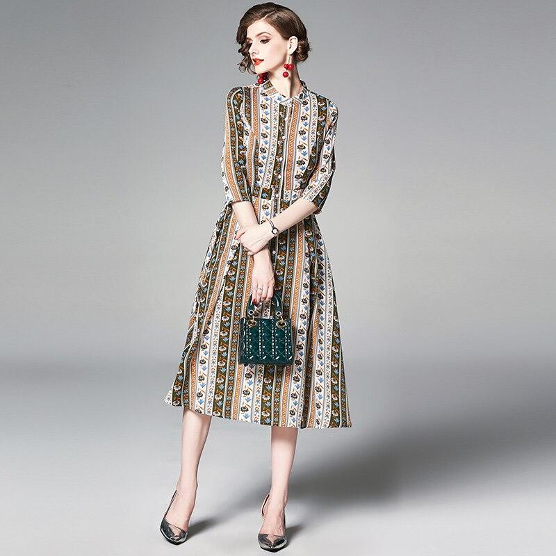 YASUGUOJI New 19 Summer Dress Women Vintage Floral Dress Half Sleeve A Line Stand Collar Single Breasted Slim Dress Women 2