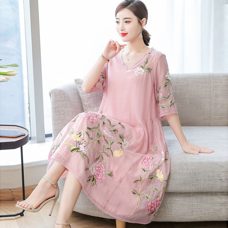 19 New National Style Women Vintage Embroidery Dresses Fashion Sweet Plus Size Half Sleeve Female Dresses Casual Loose Dresses 3