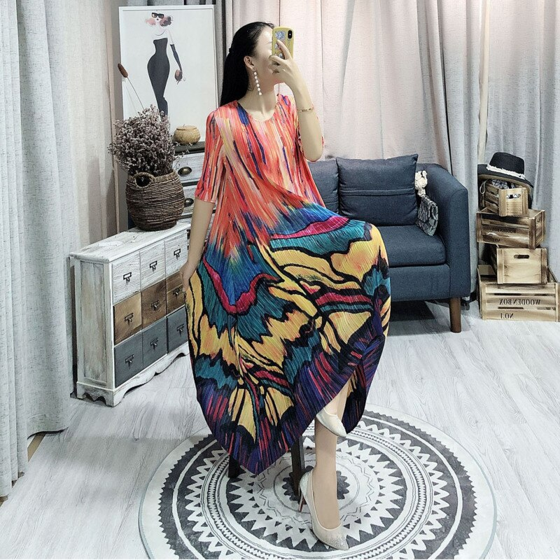 Spring Summer New Pleated Dress For Women Fashion Painting Fold Famale's Half Sleeve Dress Loose Temperament YH686 3
