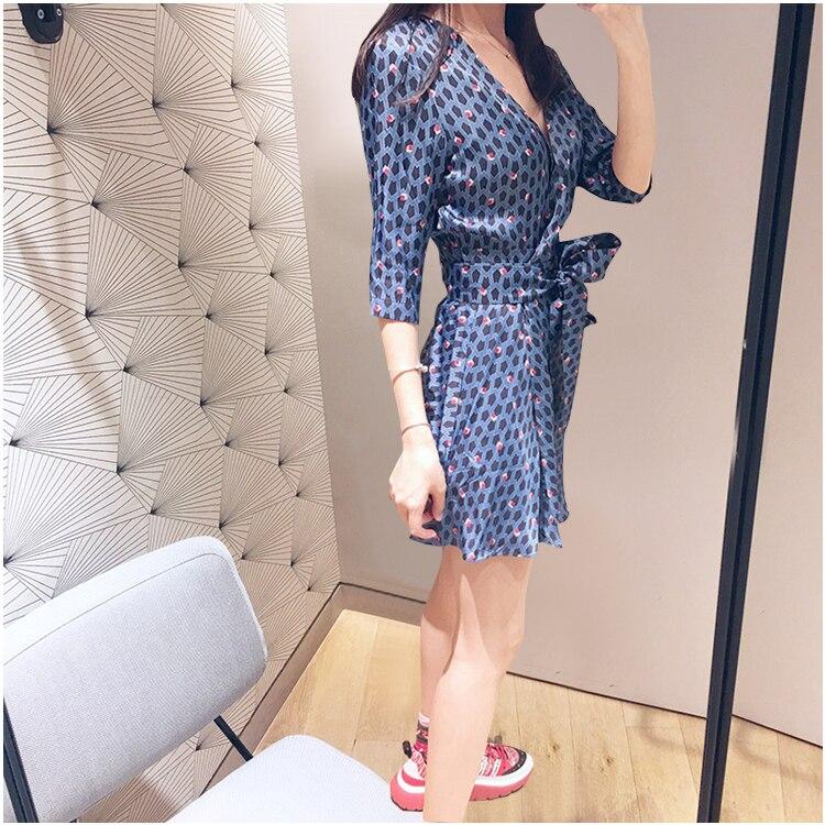 Women Blue Flower Print V Neck Wrap Dress Half Sleeve Mini Dress With Belt 2