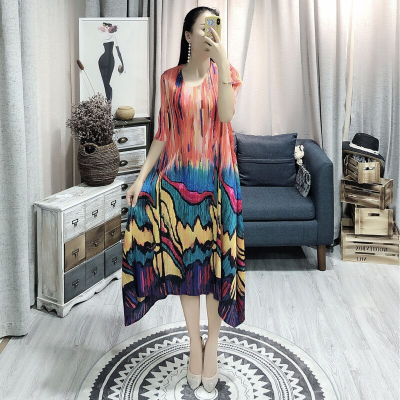 LANMREM  Spring Summer New Pleated Dress For Women Fashion Painting Fold Famale's Half Sleeve Dress Loose Temperament YH686 2