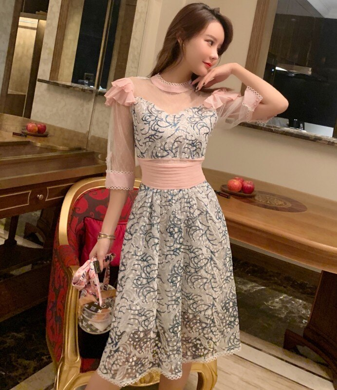 New Fashion Women Party Dress 19 Runway Summer Sweet pink mesh Patchwork half Sleeve Dress Embroidery Floral Midi Dresses 2