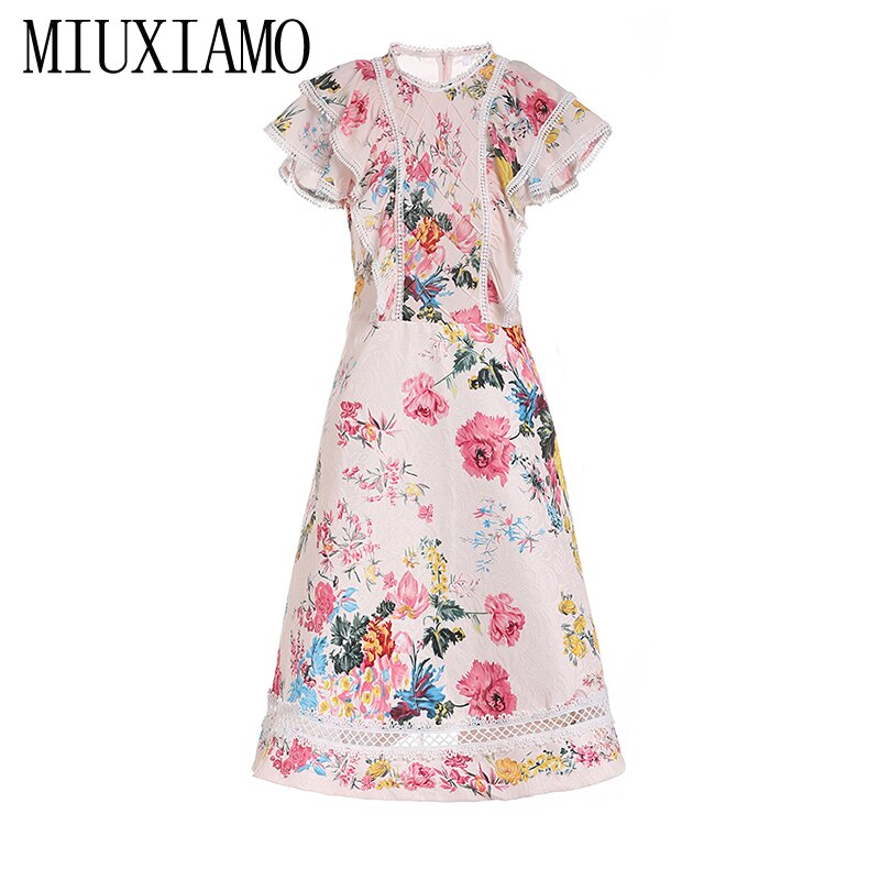 MIUXIMAO 19 New Fashion Runway Summer Dress Women's Retro Half Sleeve Flower Embroidery Star Vintage Dress Women vestidos 1