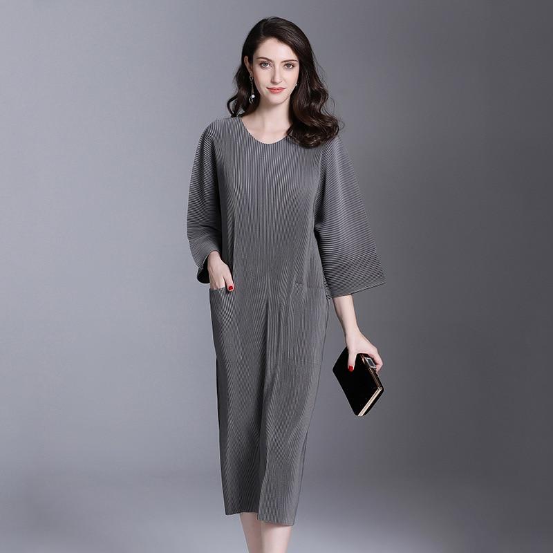 Autumn And Winter Pleats Loose O-neck Half Sleeve Double Pockets Elastic Dress Female's Personality Cloth Vestido YE851 LANMREM 3
