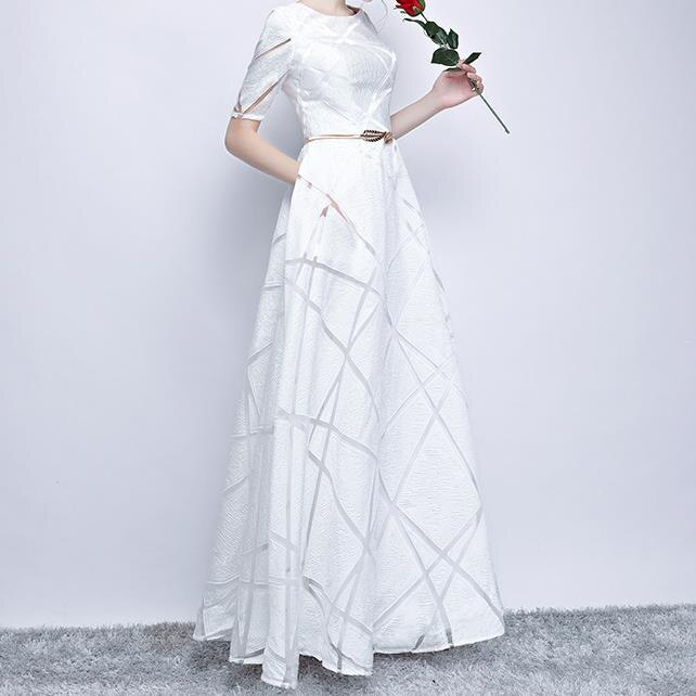 Elegant White Ball Gown Long Party Dress Casual Plus Size Dress Half Sleeve Round Dress 3