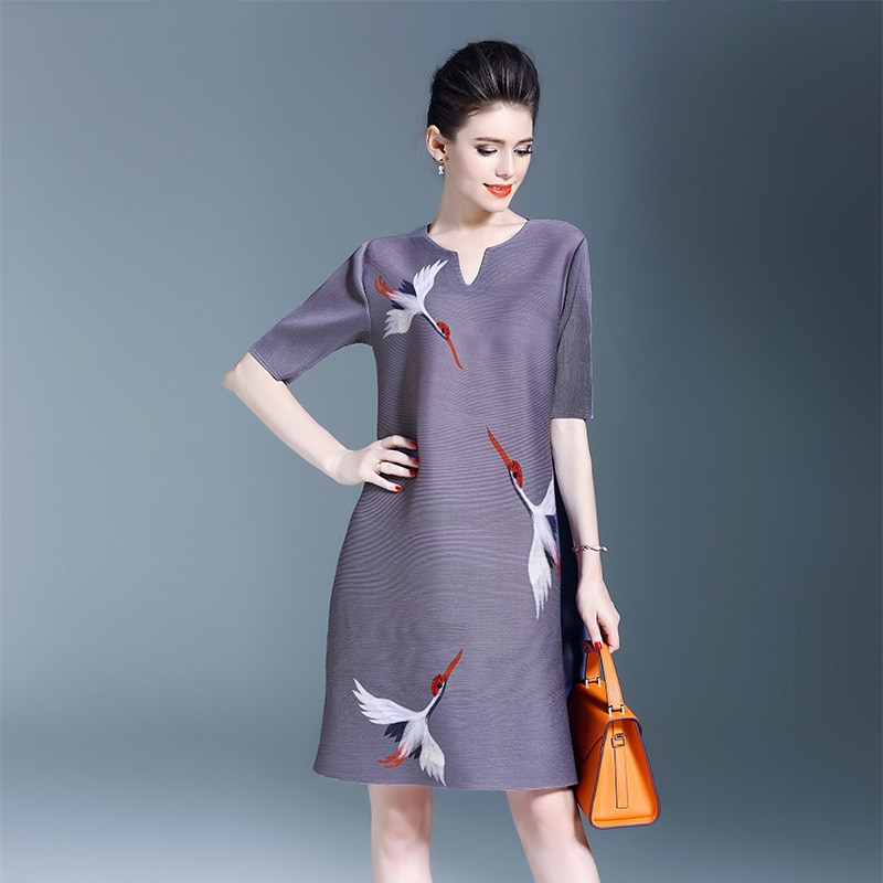 Plus Size Dress Women Casual Print Spring New Fashion Miyake Pleats Loose Half sleeve Dresses Wholesale Free Shipping 3