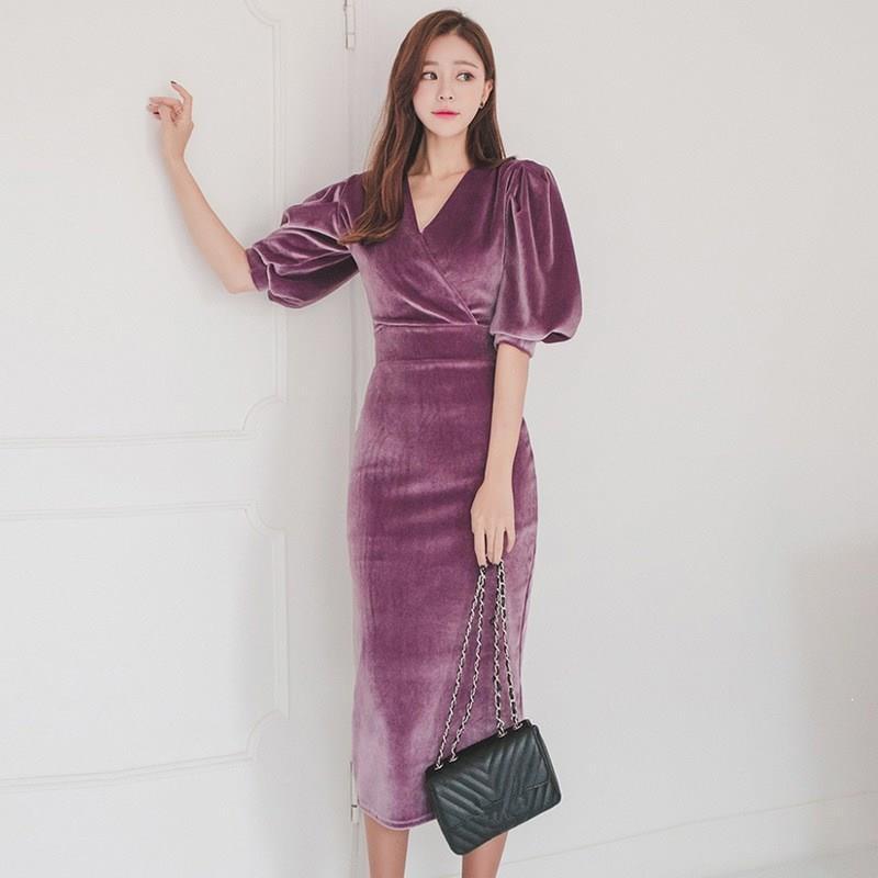 Women Elegant Velvet Dress V Neck Half Puff Sleeve Pencil Bodycon Dress Slim High Waist Midi Dresses 2