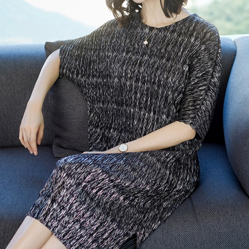 TVVOVVIN 19Summer Fahion New Pleated Clothes For Women Loose Large Size Bawting Sleeve Dresses Half Sleeve Vent Hem Dress B612 1