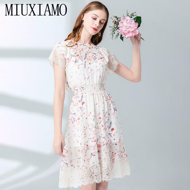 MIUXIMAO Top Quality 19 Fall Dress Flower Ptint Half Sleeve Dress Slim Lace Eleghant Cotton Casual Dress Women Vestidos 1