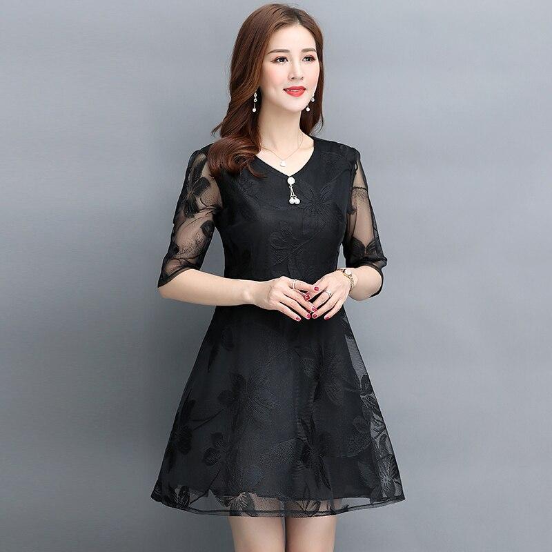 Women's fashion Mesh dress vintage V-Neck Half sleeve Lace dress Summer new black temperament Large size A-Line dress 1