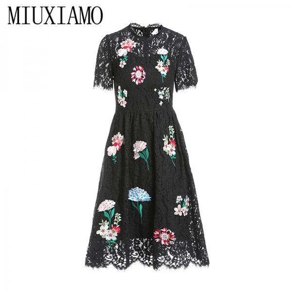 MIUXIMAO 19 New Fashion Runway Summer Dress Women's Retro Half Sleeve Flower Diamonds Embroidery Lace Vintage Dress vestidos