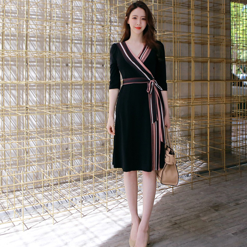 Plus Size A-line Dress Summer Women Black Striped Half Sleeve V-neck Knee-length Casual Office Lady Dress Vintage Korean Dresses 2