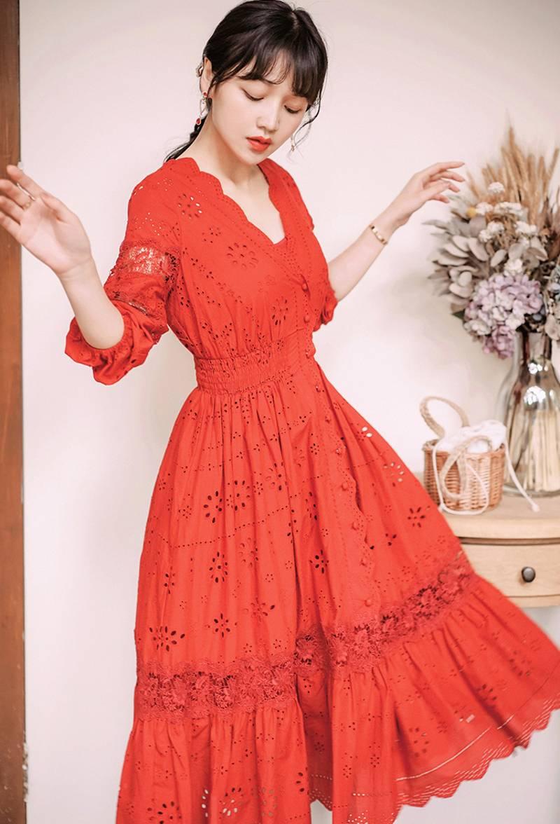 19 summer Women's Bohemian half Sleeve Mesh Stitching Dress Sexy Deep V-neck High Waist Openwork Embroider Dress 2