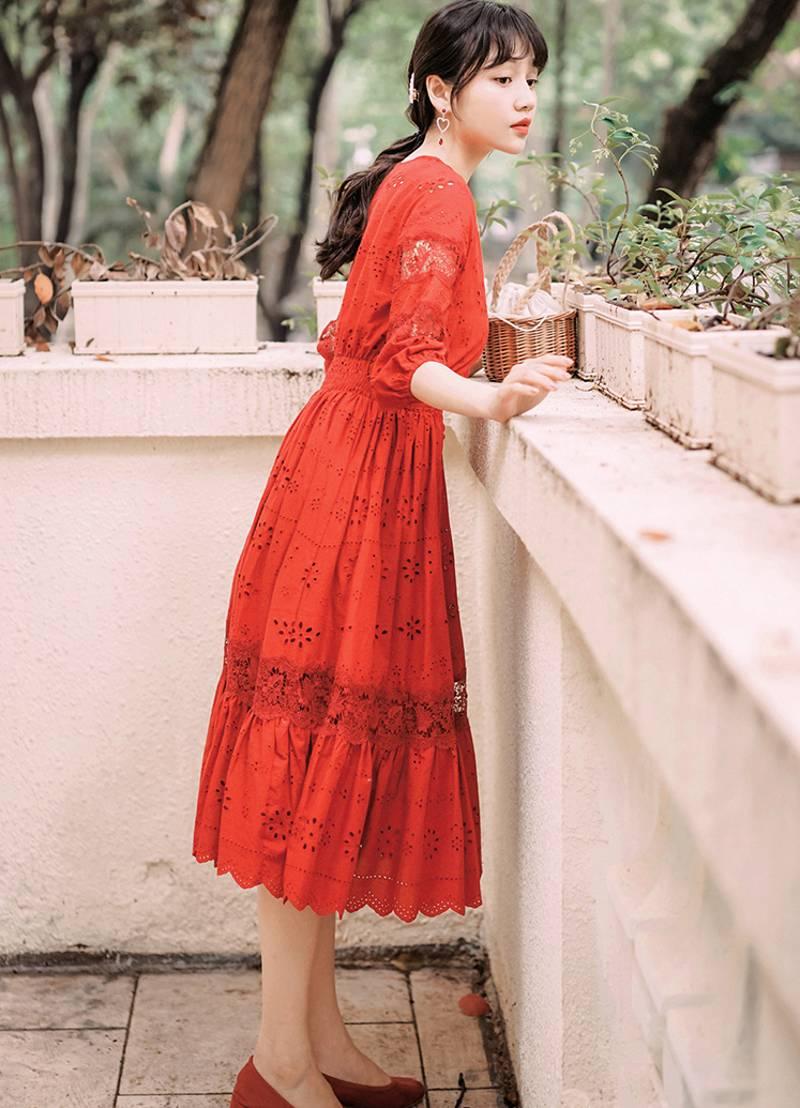 19 summer Women's Bohemian half Sleeve Mesh Stitching Dress Sexy Deep V-neck High Waist Openwork Embroider Dress 3