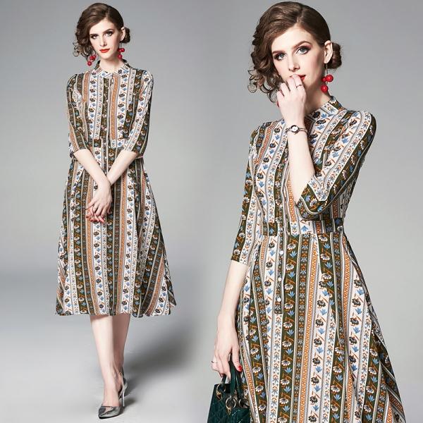 YASUGUOJI New 19 Summer Dress Women Vintage Floral Dress Half Sleeve A Line Stand Collar Single Breasted Slim Dress Women
