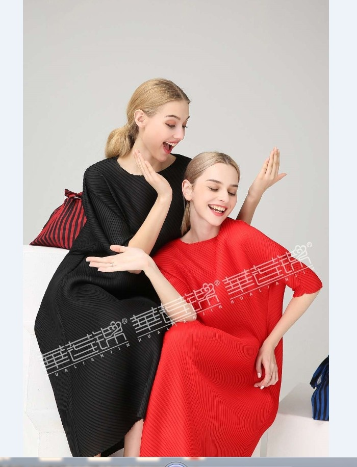 FREE SHIPPING Miyake Fashion wrist half sleeve Patch sequined O-neck fold dress button straight dress IN STOCK 2