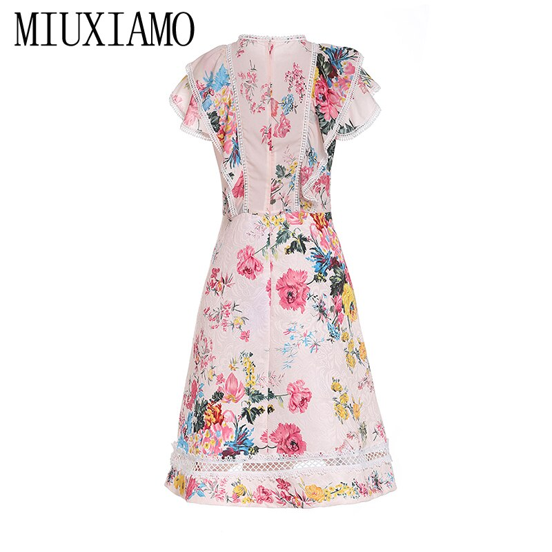 MIUXIMAO 19 New Fashion Runway Summer Dress Women's Retro Half Sleeve Flower Embroidery Star Vintage Dress Women vestidos 2