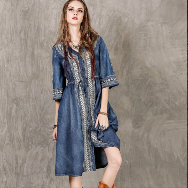 19 Autumn New Retro Fashion Embroidery V-neck Single Breasted Denim Dress Loose Plus Size Half Sleeve Women Dresses
