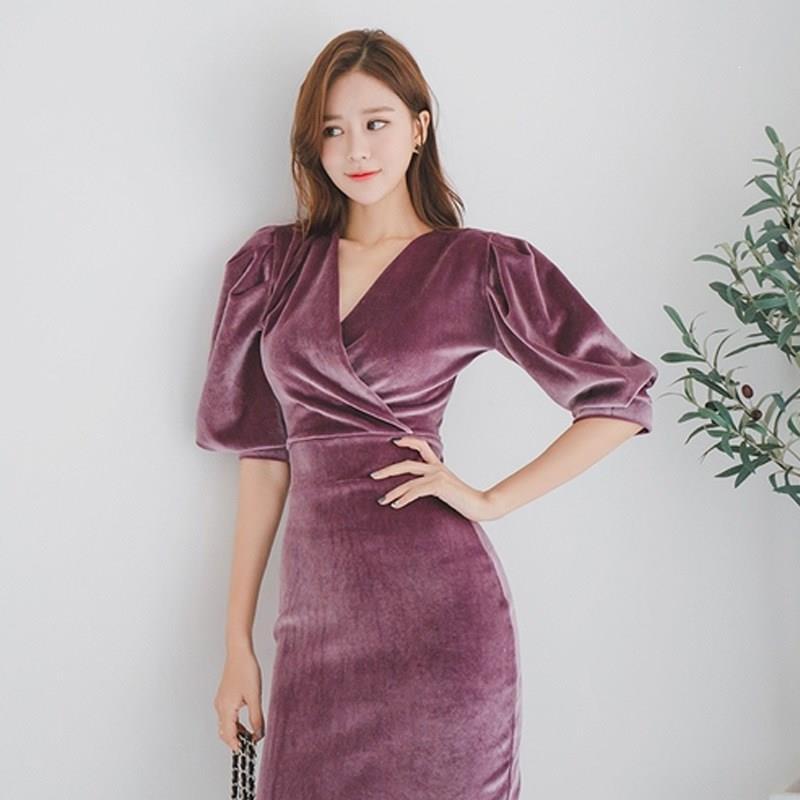 Women Elegant Velvet Dress V Neck Half Puff Sleeve Pencil Bodycon Dress Slim High Waist Midi Dresses 1