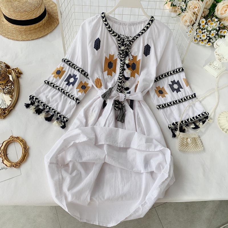 19 new fashion women's dresses Seaside holiday ethnic style embroidered fringed tie V-neck half sleeve dress 2