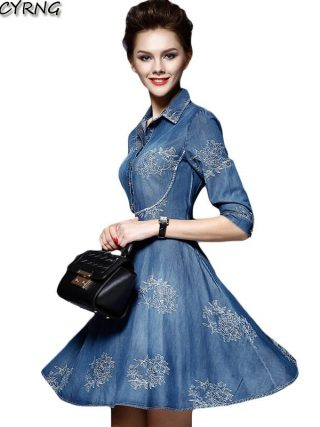 Women Denim Dress 19 Spring/summer New Europe Fashion Half sleeve Embroidery Big swing dress female Plus Size Cowboy Dresses
